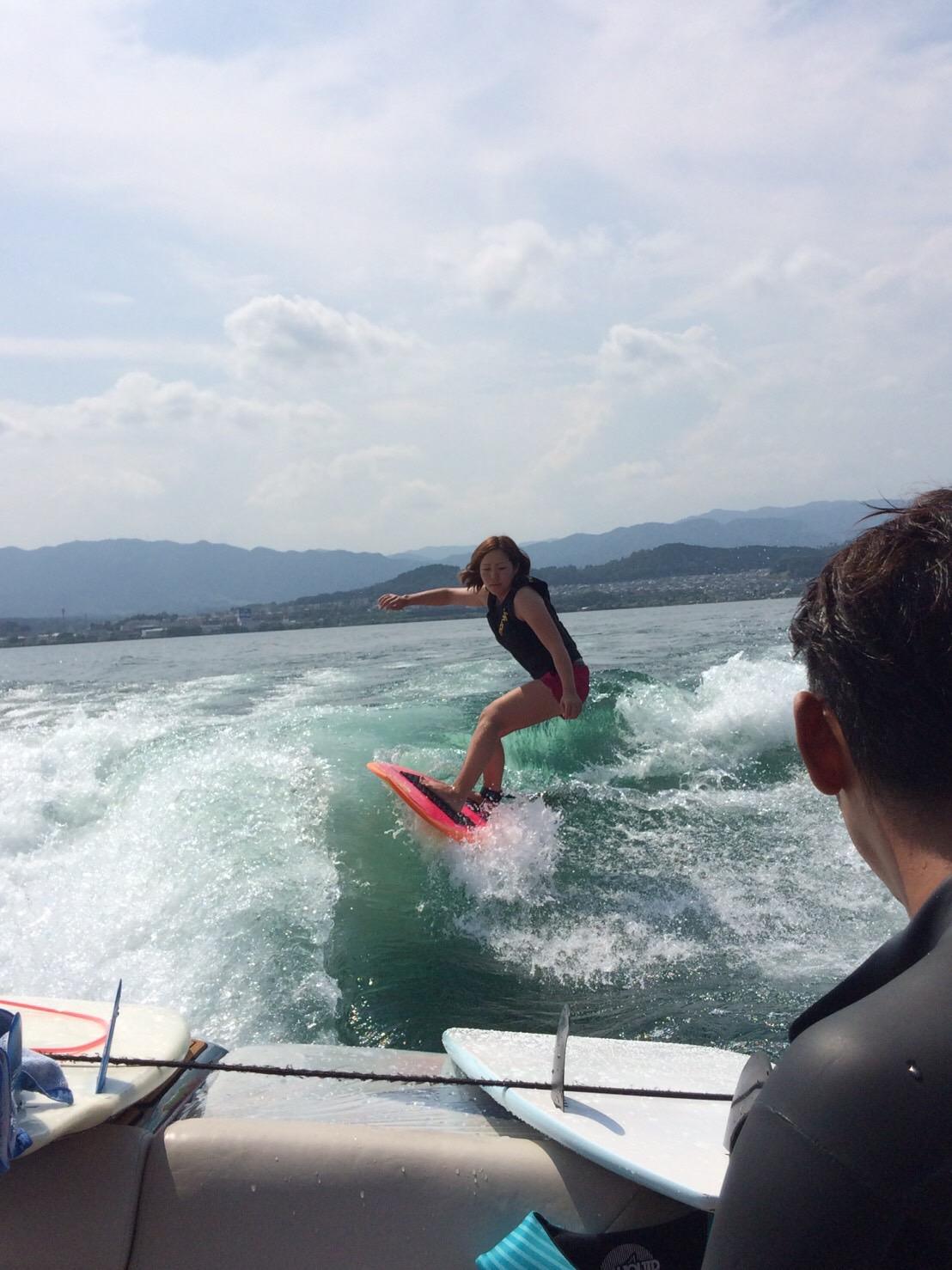 サーフィン ボード ウェイク